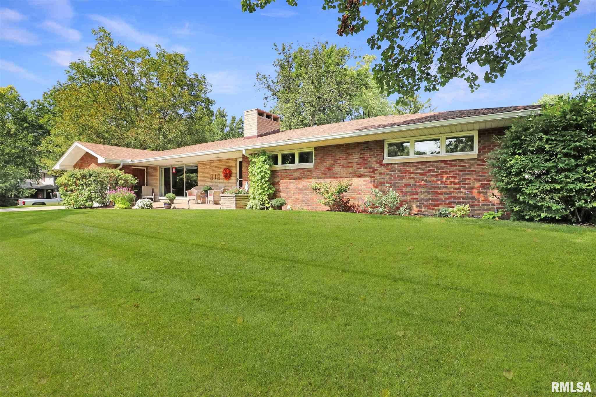 $169,900 - 4Br/3Ba -  for Sale in Ellis, Peoria