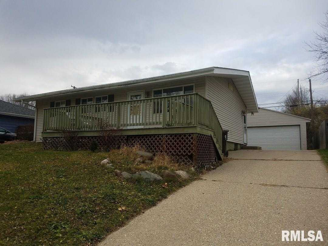 $119,900 - 4Br/2Ba -  for Sale in Rolling Acres, Peoria