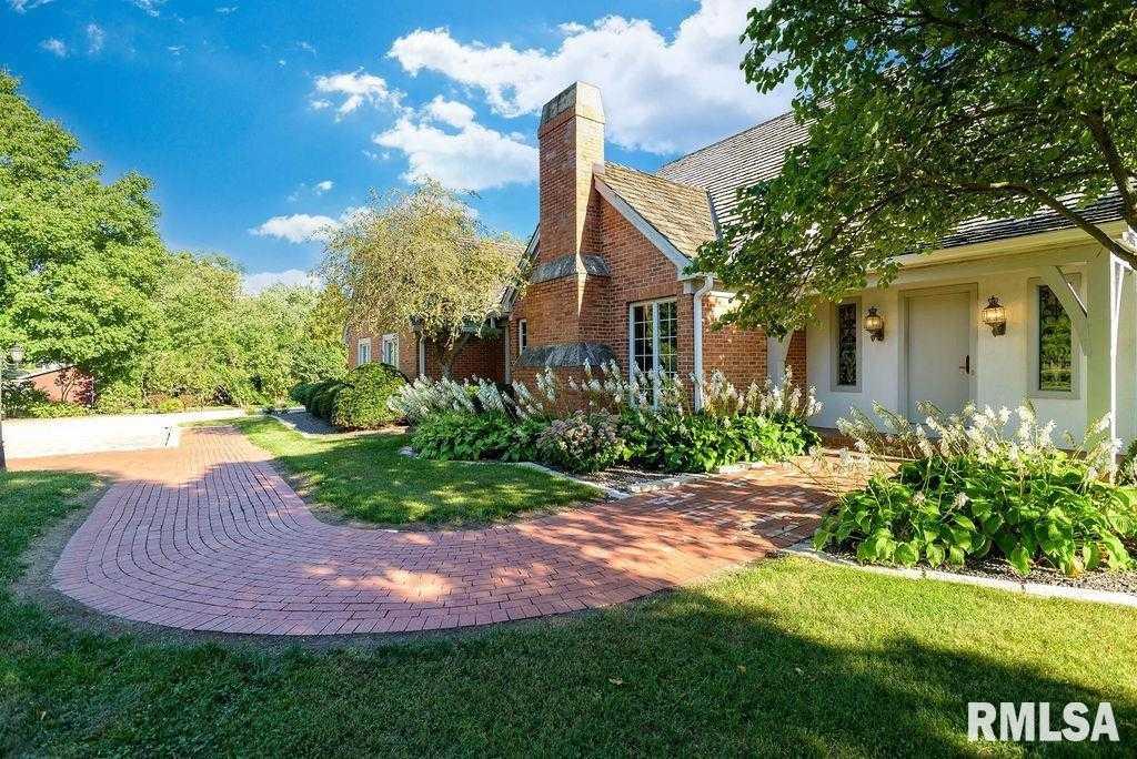$395,000 - 3Br/4Ba -  for Sale in None, Roanoke