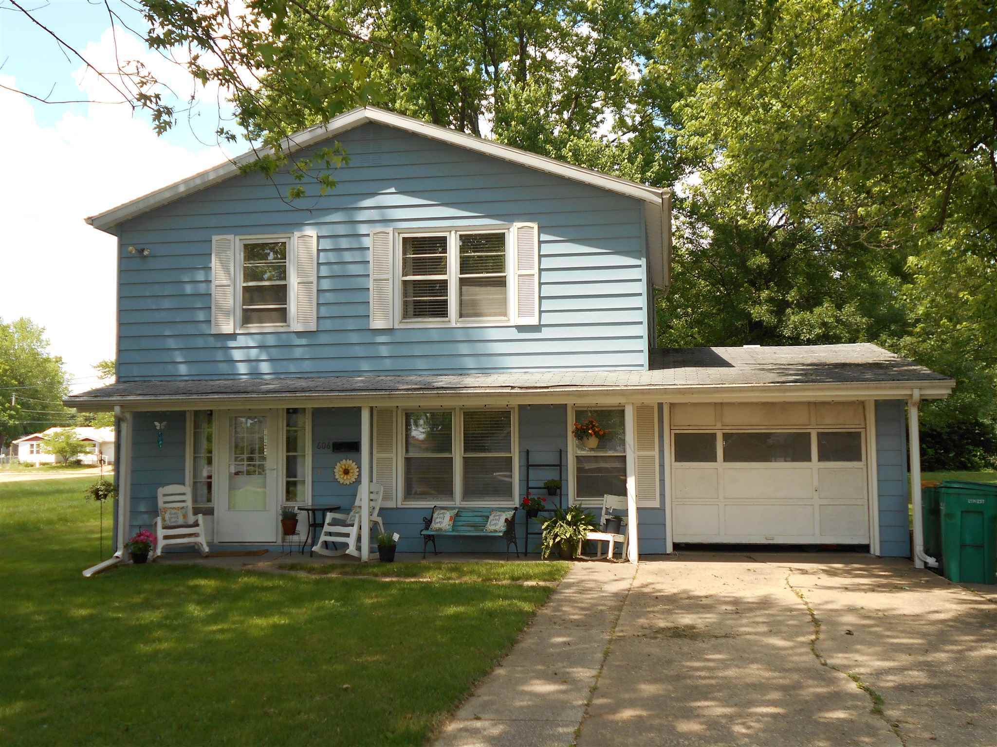 $69,900 - 2Br/2Ba -  for Sale in None, Macomb