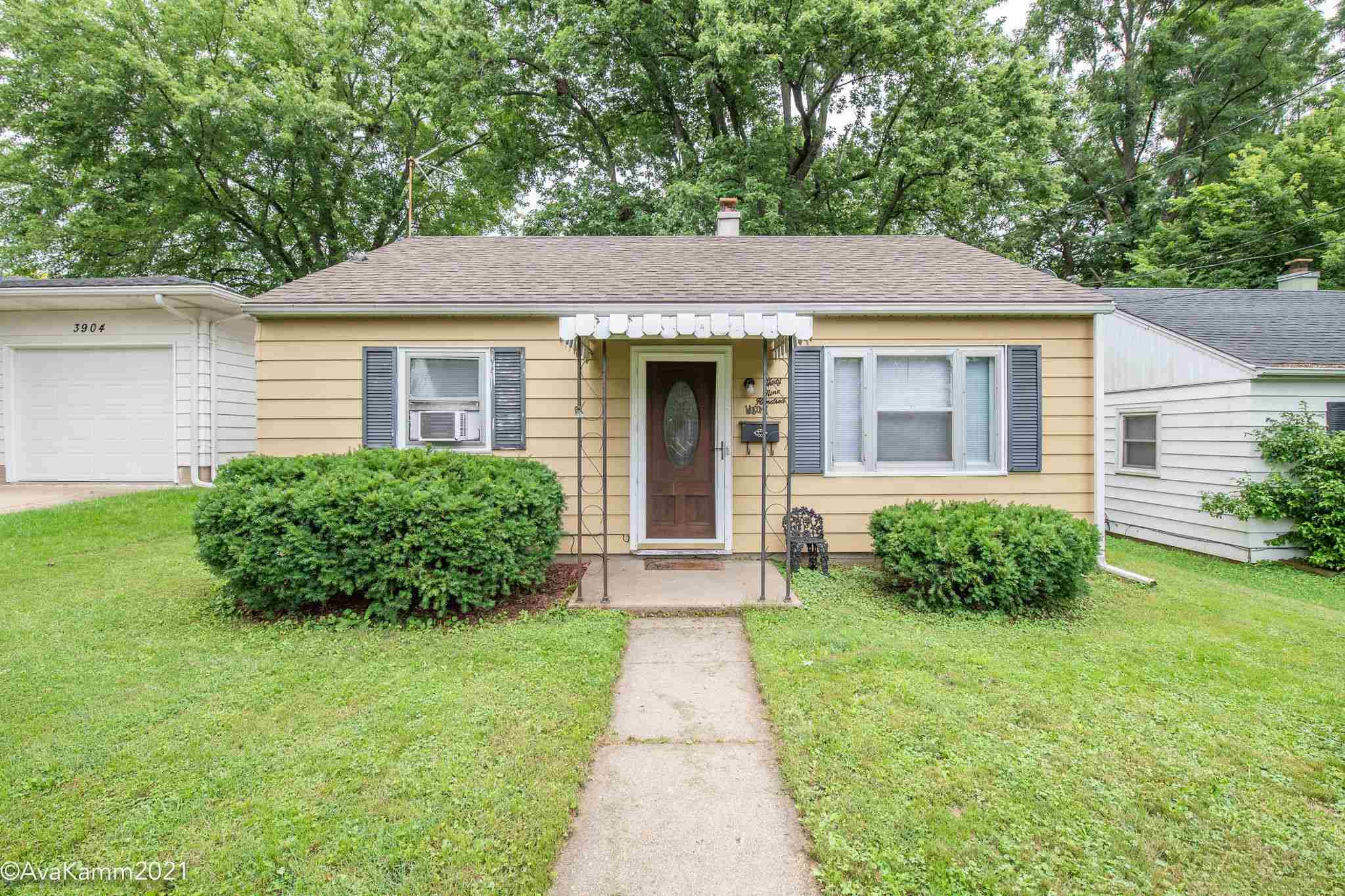 $69,900 - 2Br/1Ba -  for Sale in Meadowlawn, Peoria