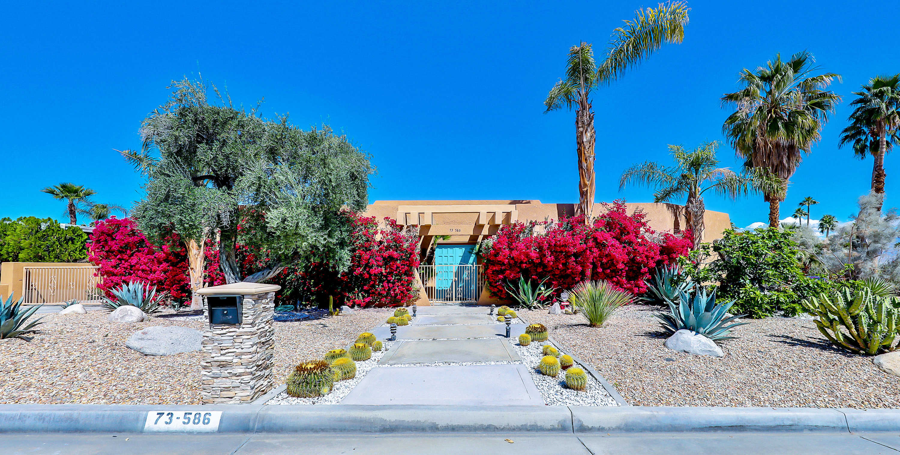 $649,000 - 3Br/2Ba -  for Sale in Silver Spur Ranch, Palm Desert
