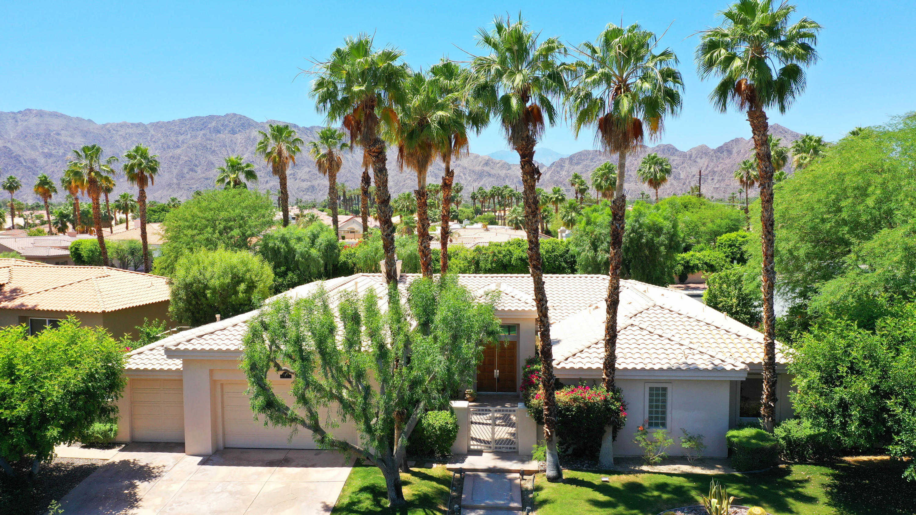 $759,000 - 4Br/5Ba -  for Sale in Painted Cove, La Quinta