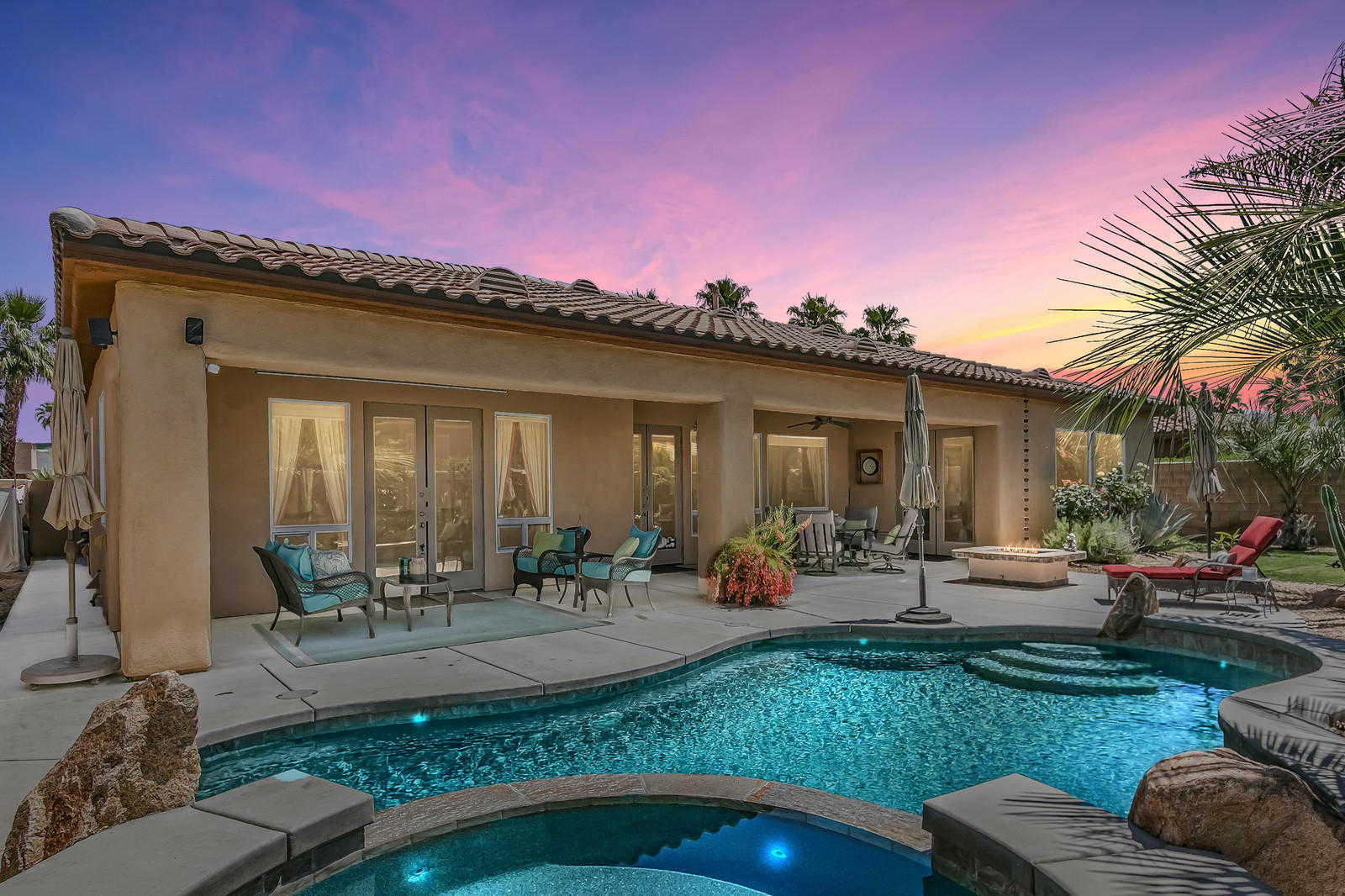$749,900 - 3Br/4Ba -  for Sale in Montage, Cathedral City
