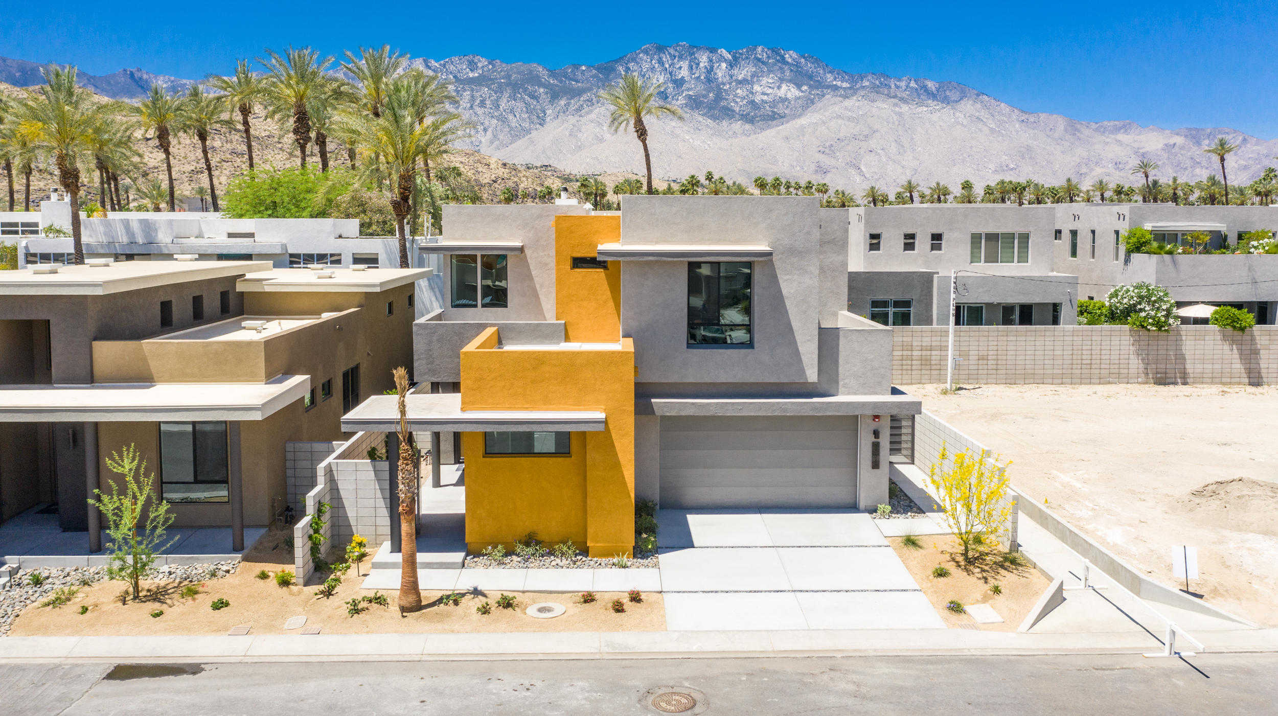 $677,000 - 3Br/3Ba -  for Sale in District East, Cathedral City