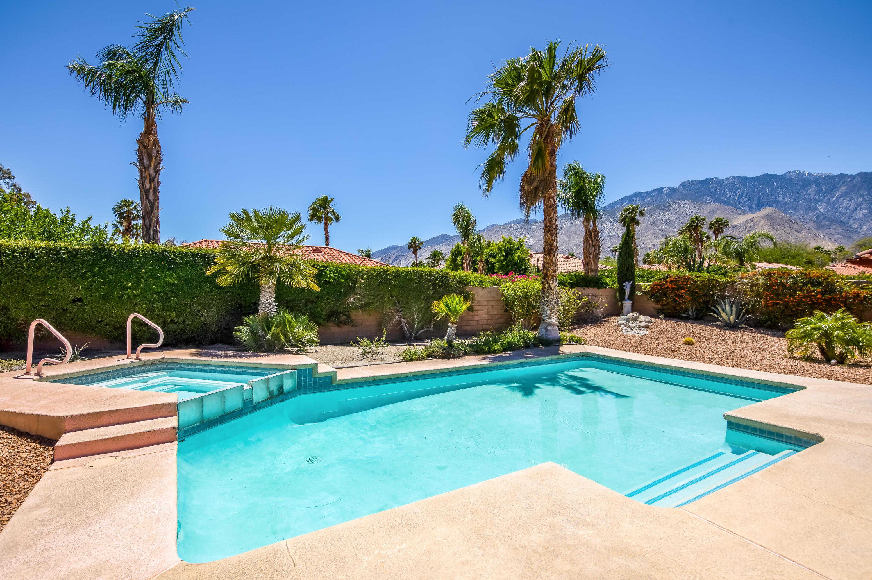 1467 E Adobe Way Palm Springs, CA 92262