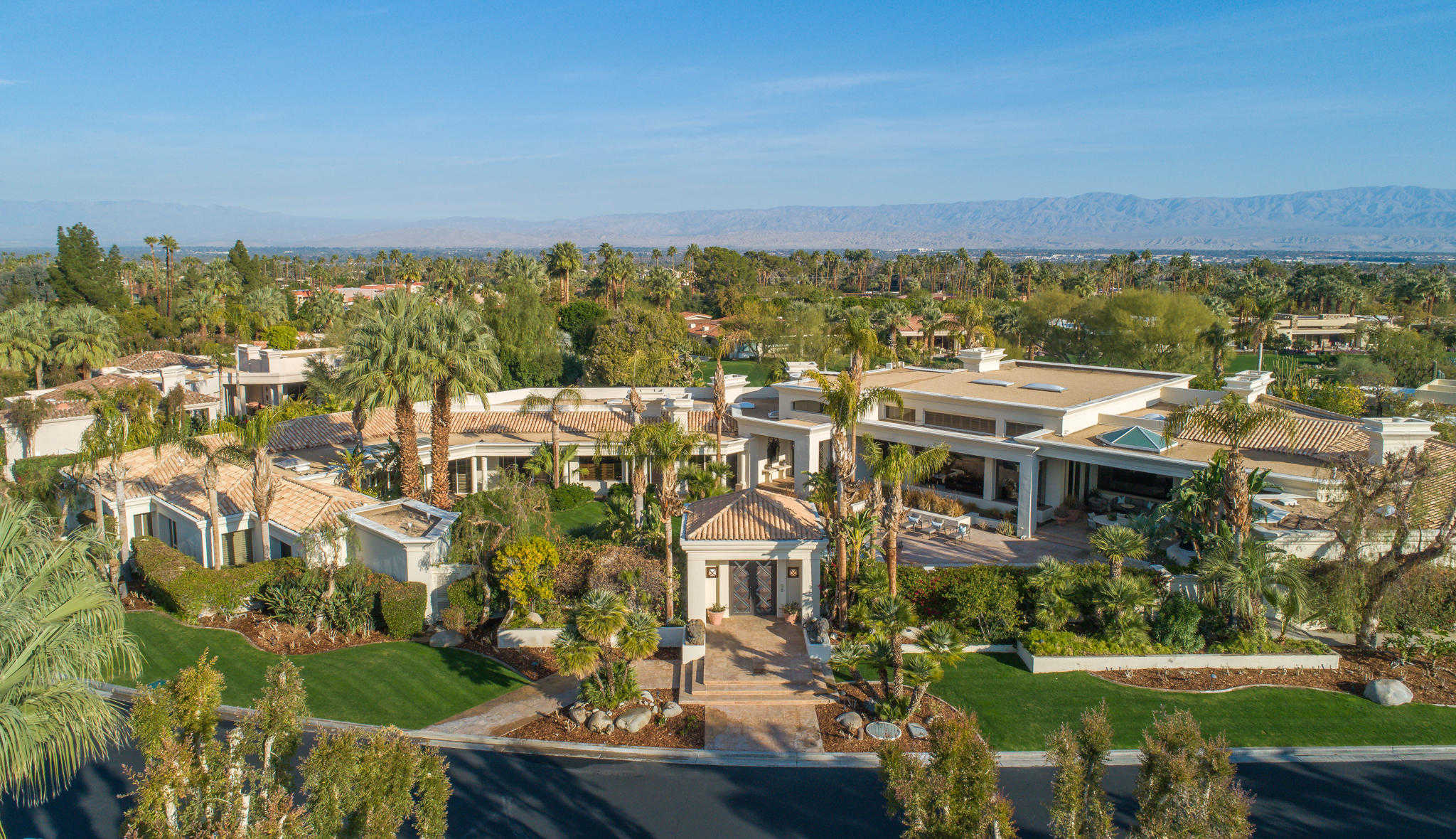$4,995,000 - 5Br/10Ba -  for Sale in Vintage Country Club, Indian Wells