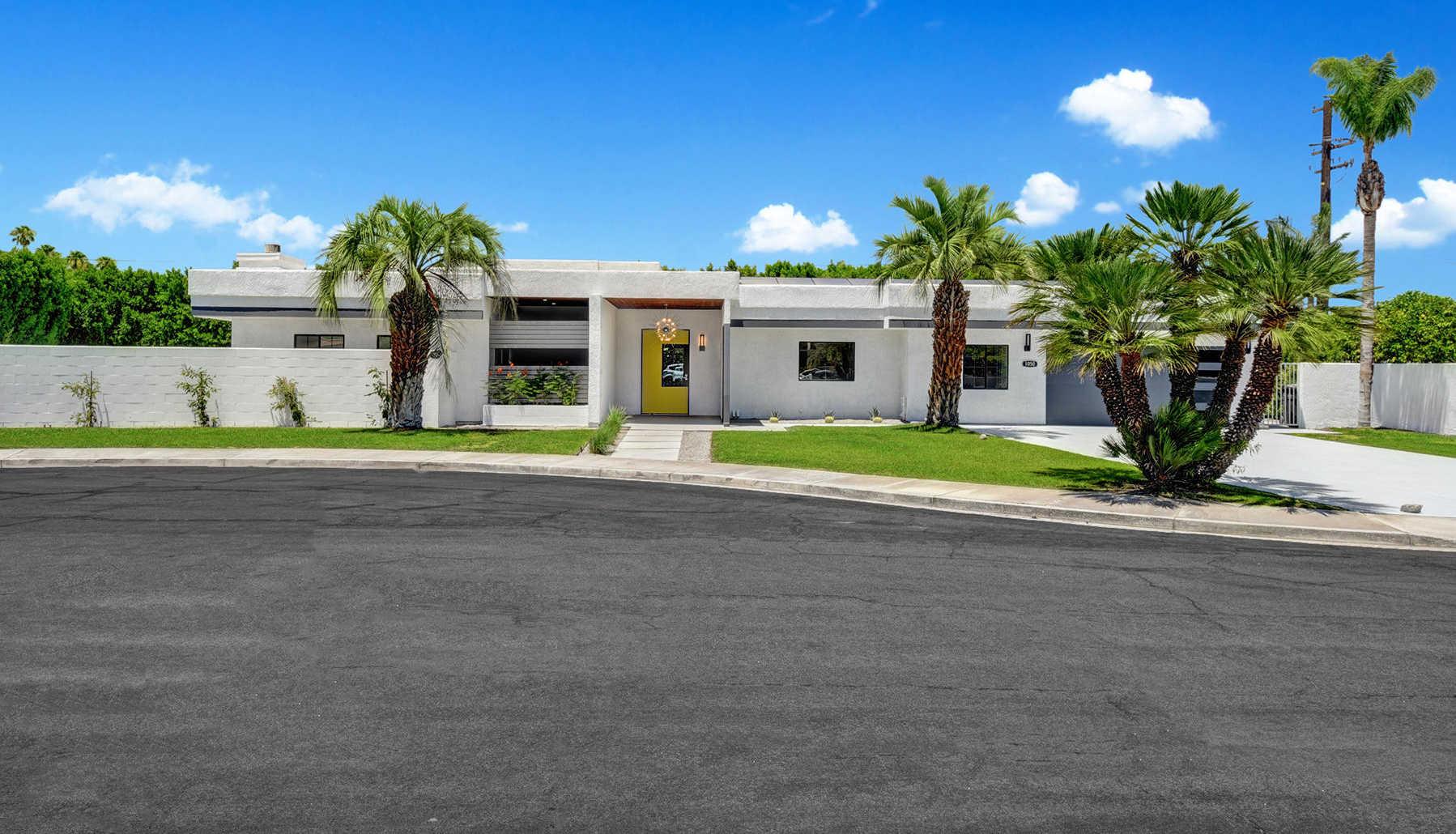 1050 E Deepak Rd Palm Springs, CA 92262