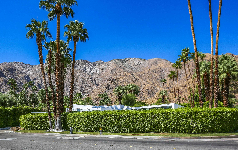 $2,750,000 - 3Br/4Ba -  for Sale in Vista Las Palmas, Palm Springs
