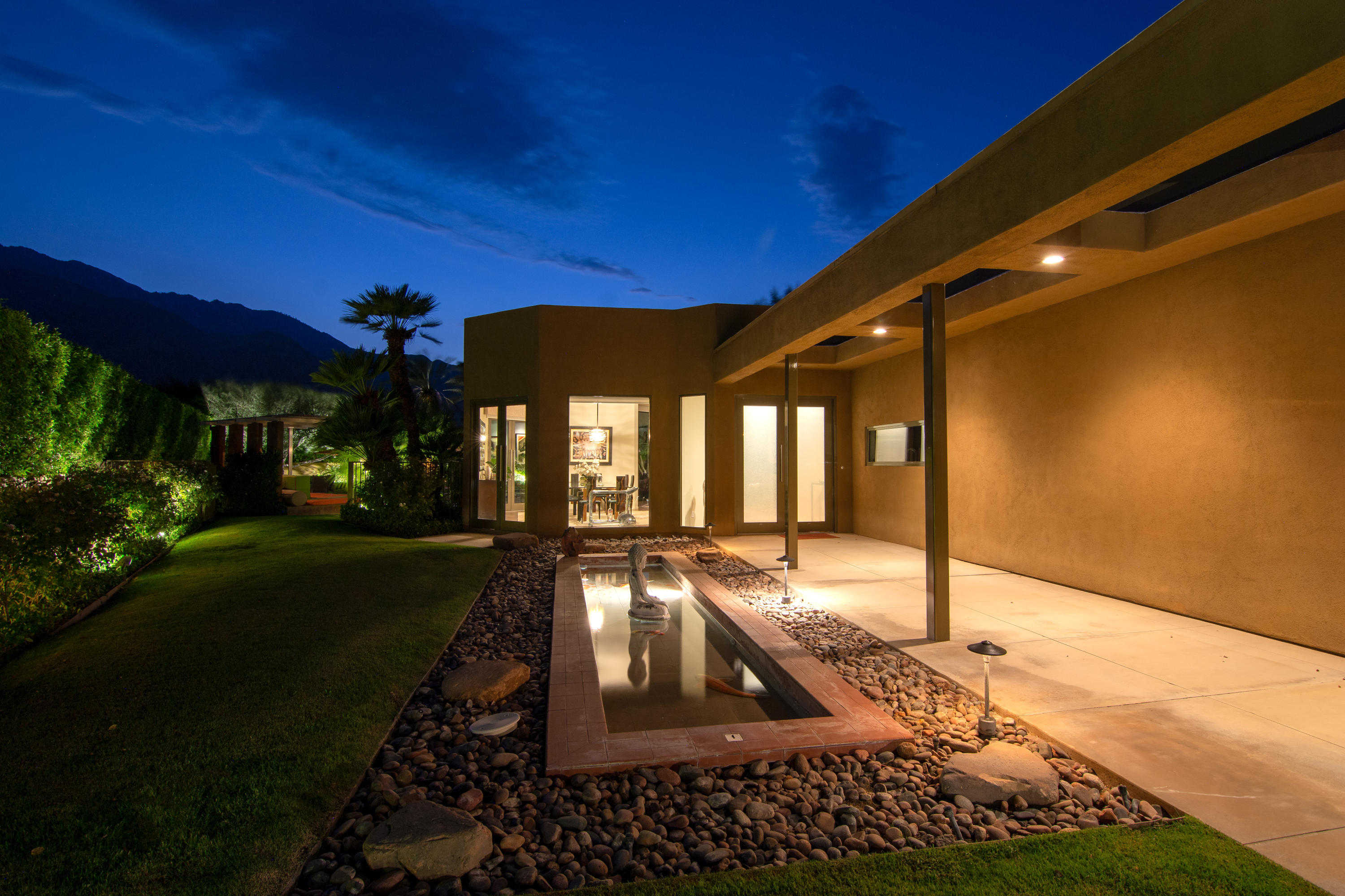 $2,595,000 - 4Br/6Ba -  for Sale in Movie Colony East, Palm Springs