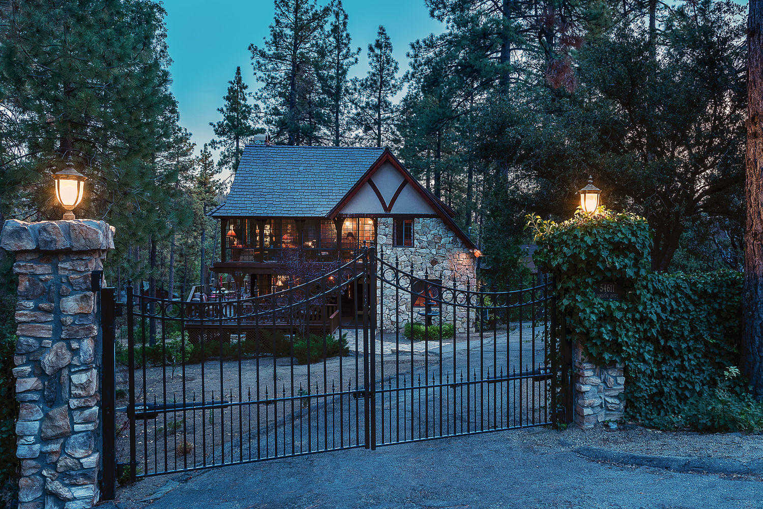 $859,000 - 4Br/3Ba -  for Sale in Not Applicable, Idyllwild