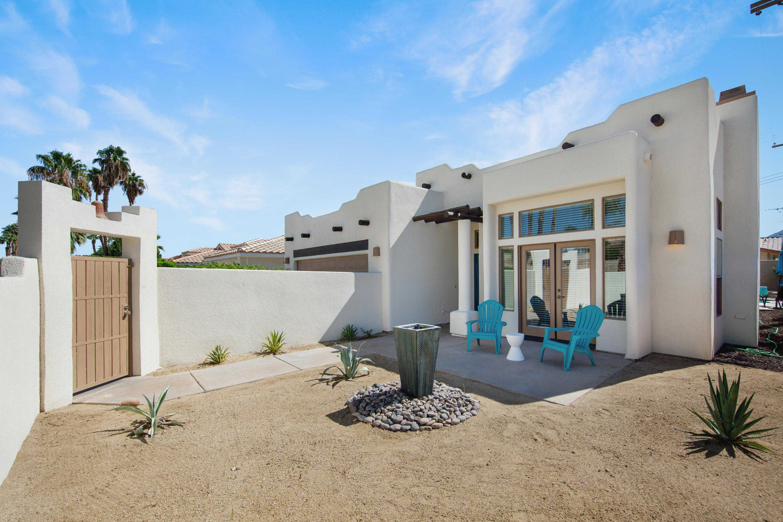 $569,000 - 3Br/2Ba -  for Sale in La Quinta Cove, La Quinta