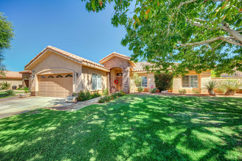 $494,900 - 3Br/2Ba -  for Sale in Bella Vista, La Quinta
