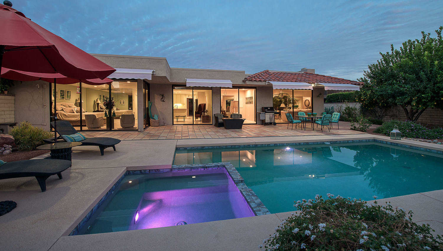 $725,000 - 3Br/3Ba -  for Sale in The Springs Country Club, Rancho Mirage