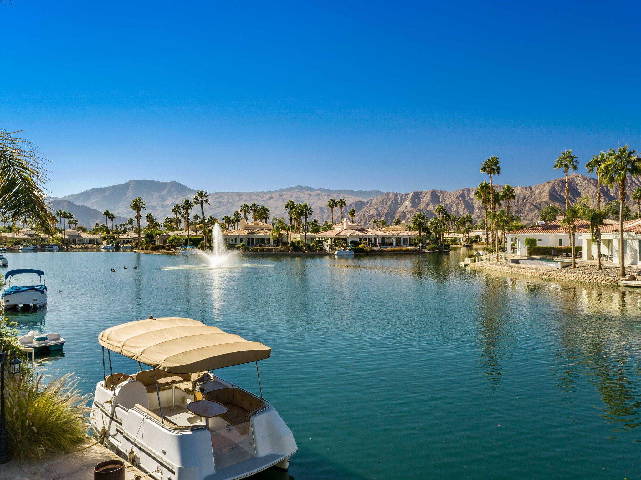 $1,180,000 - 4Br/5Ba -  for Sale in Lake La Quinta, La Quinta