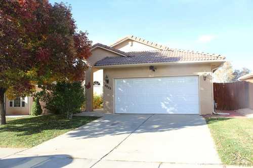 $403,000 - 5Br/3Ba -  for Sale in Regency Crest, Pueblo
