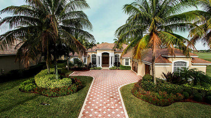 $869,000 - 4Br/4Ba -  for Sale in Ibis Golf And Country Club - Hawk's Landing, West Palm Beach