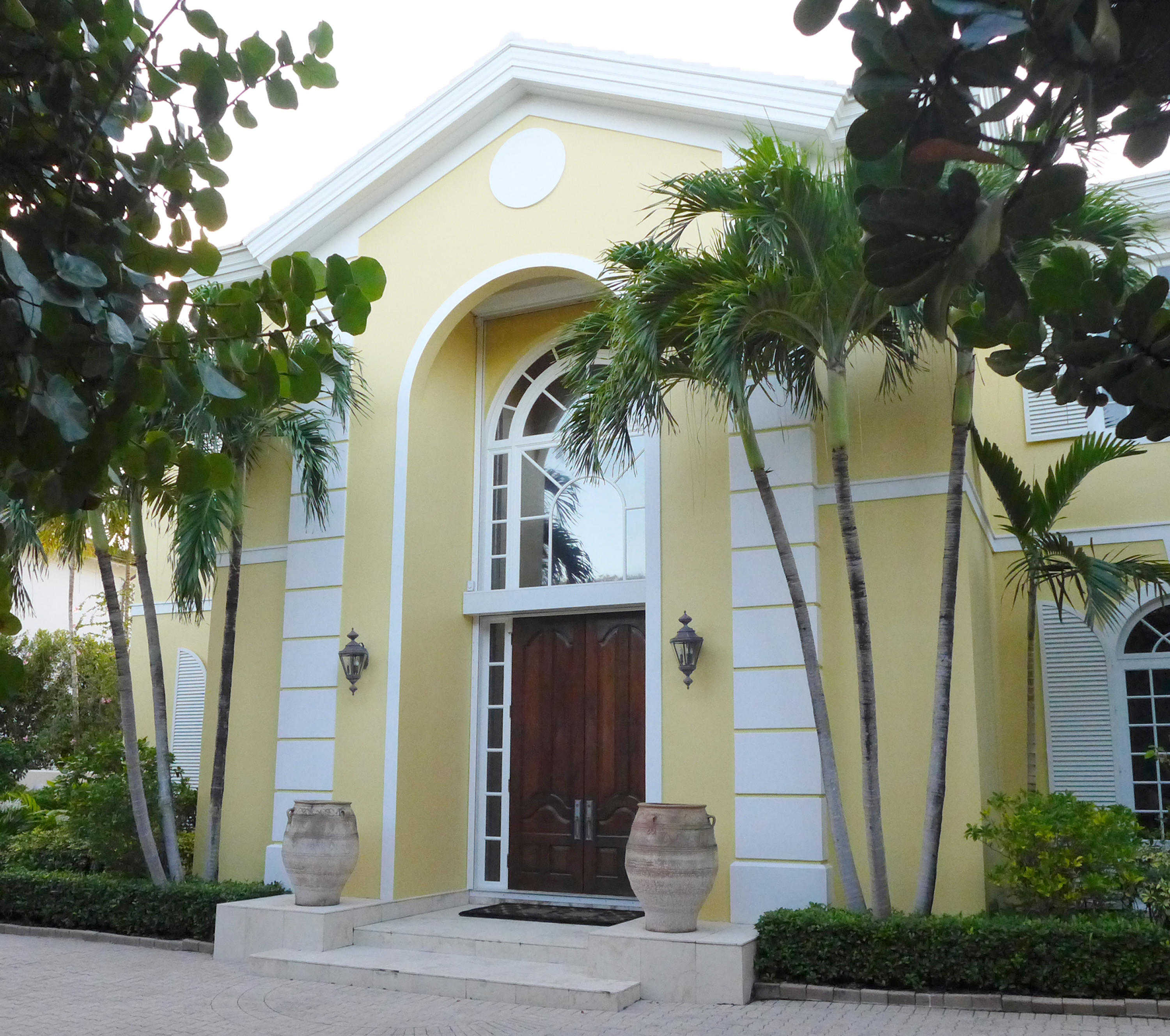 House For Sale In Palm Island Weston