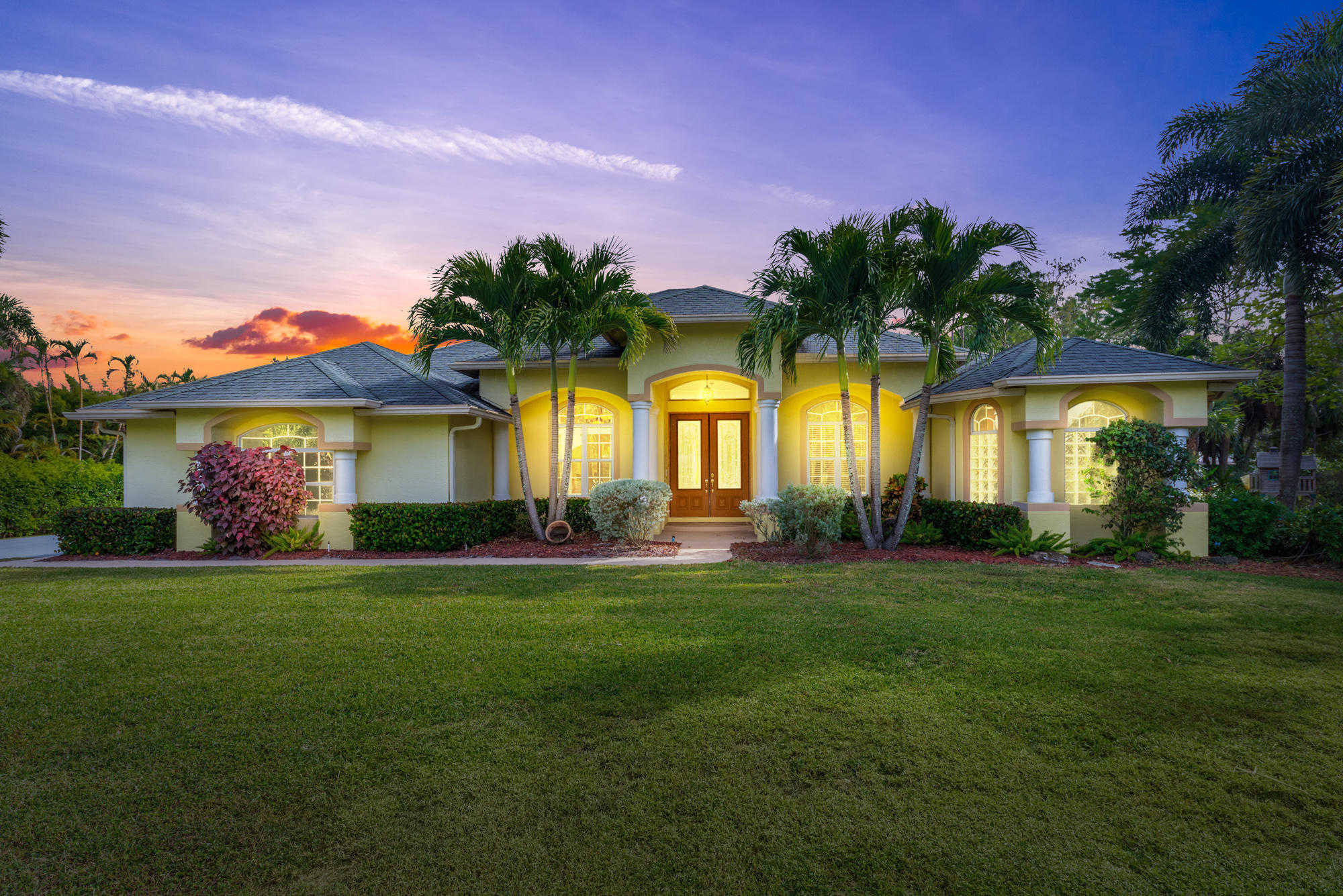 Homes for Sale in Jupiter - Pavon Realty Group