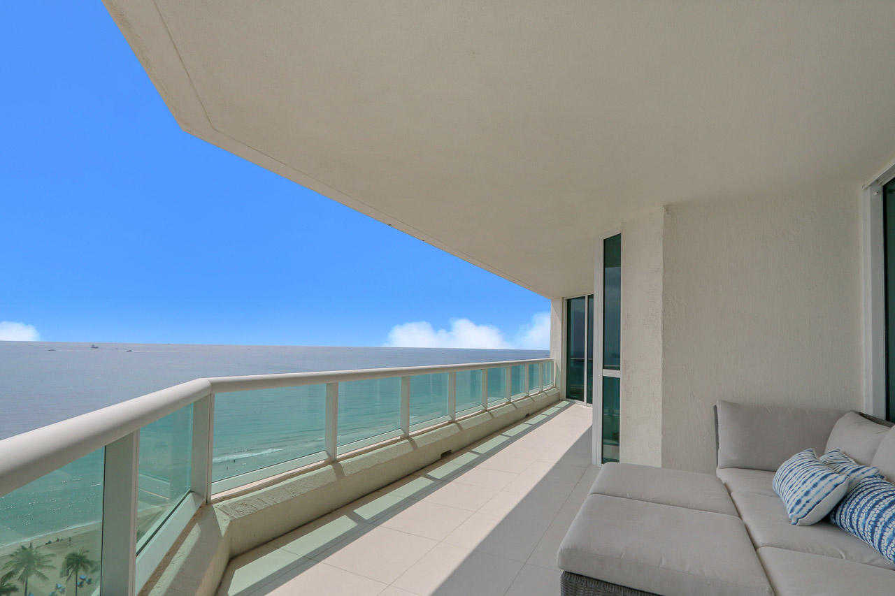 $2,250,000 - 3Br/4Ba -  for Sale in Las Olas Beach Club, Fort Lauderdale