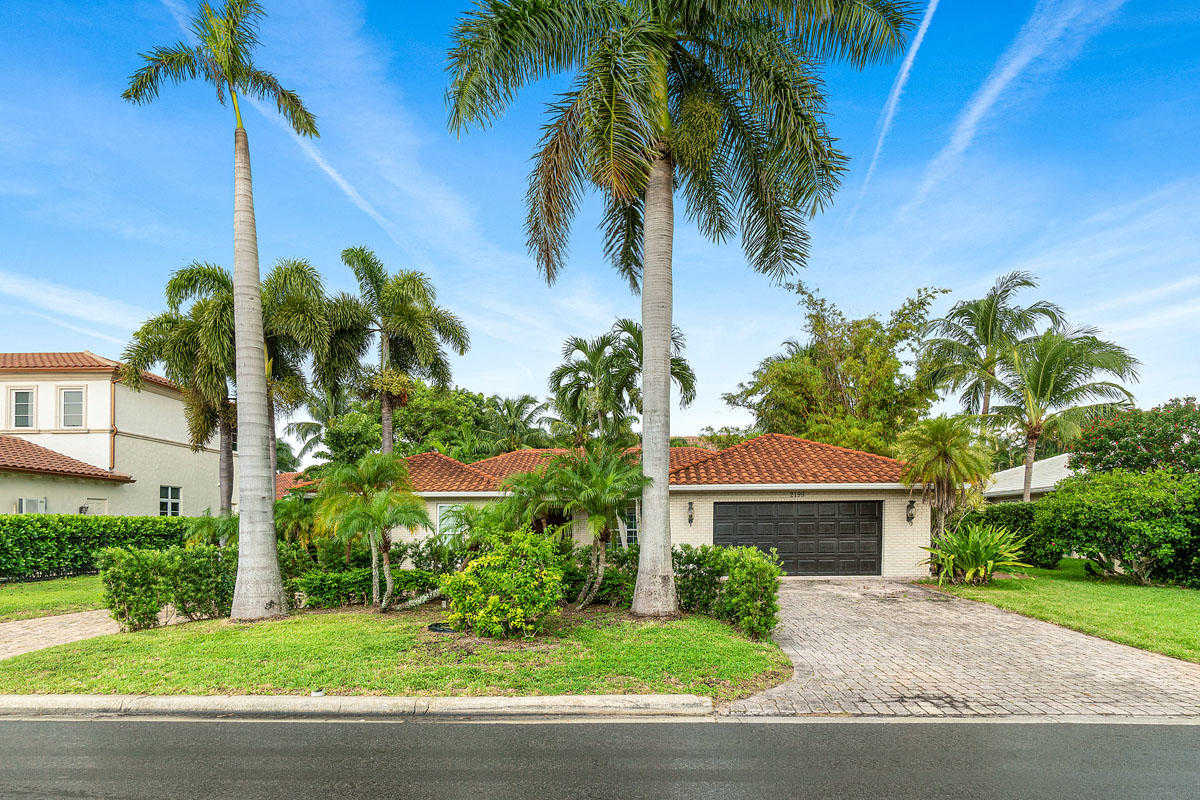 Royal Palm Yacht Homes For Sale Boca Raton Real Estate Sipklein Com