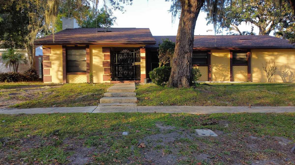 $310,000 - 5Br/3Ba -  for Sale in Forrest Park Unit 5, Orlando