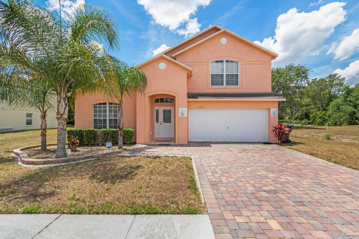 $360,000 - 5Br/3Ba -  for Sale in Robinson Hills Unit 3, Orlando