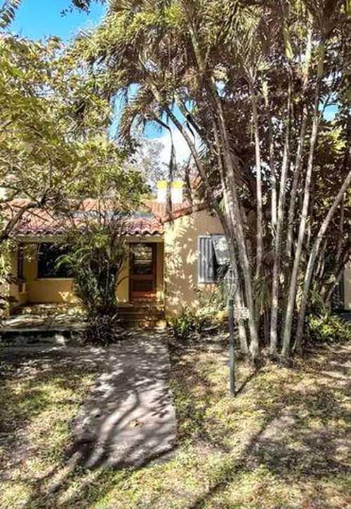 $819,900 - 3Br/2Ba -  for Sale in Griffing Biscayne Park Estates, Biscayne Park