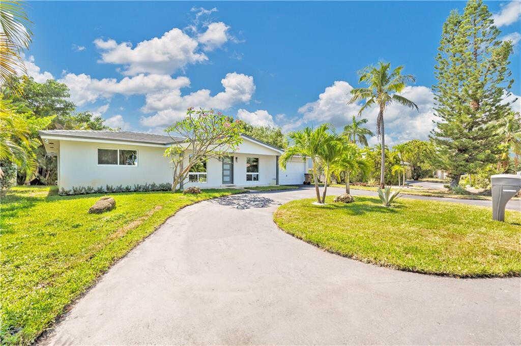 $565,000 - 2Br/2Ba -  for Sale in Cove 4th Sec, Deerfield Beach