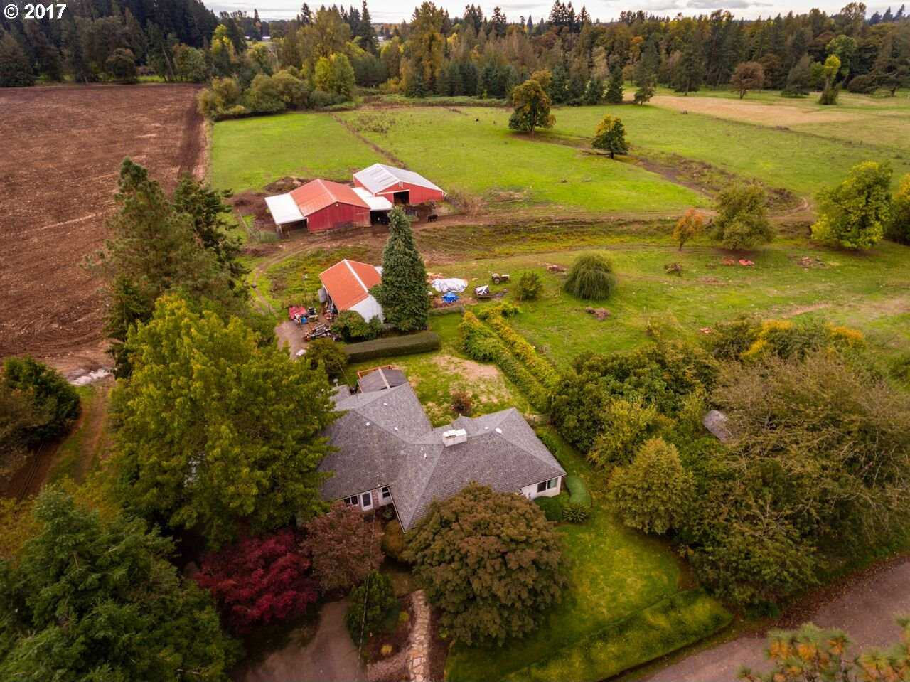 $938,000 - 3Br/4Ba -  for Sale in Molalla Riverfrontage, Canby