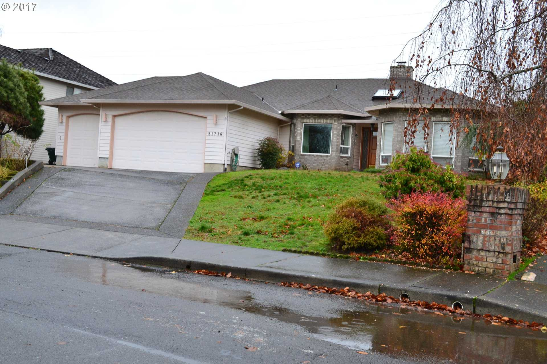 $429,900 - 4Br/2Ba -  for Sale in Fairview