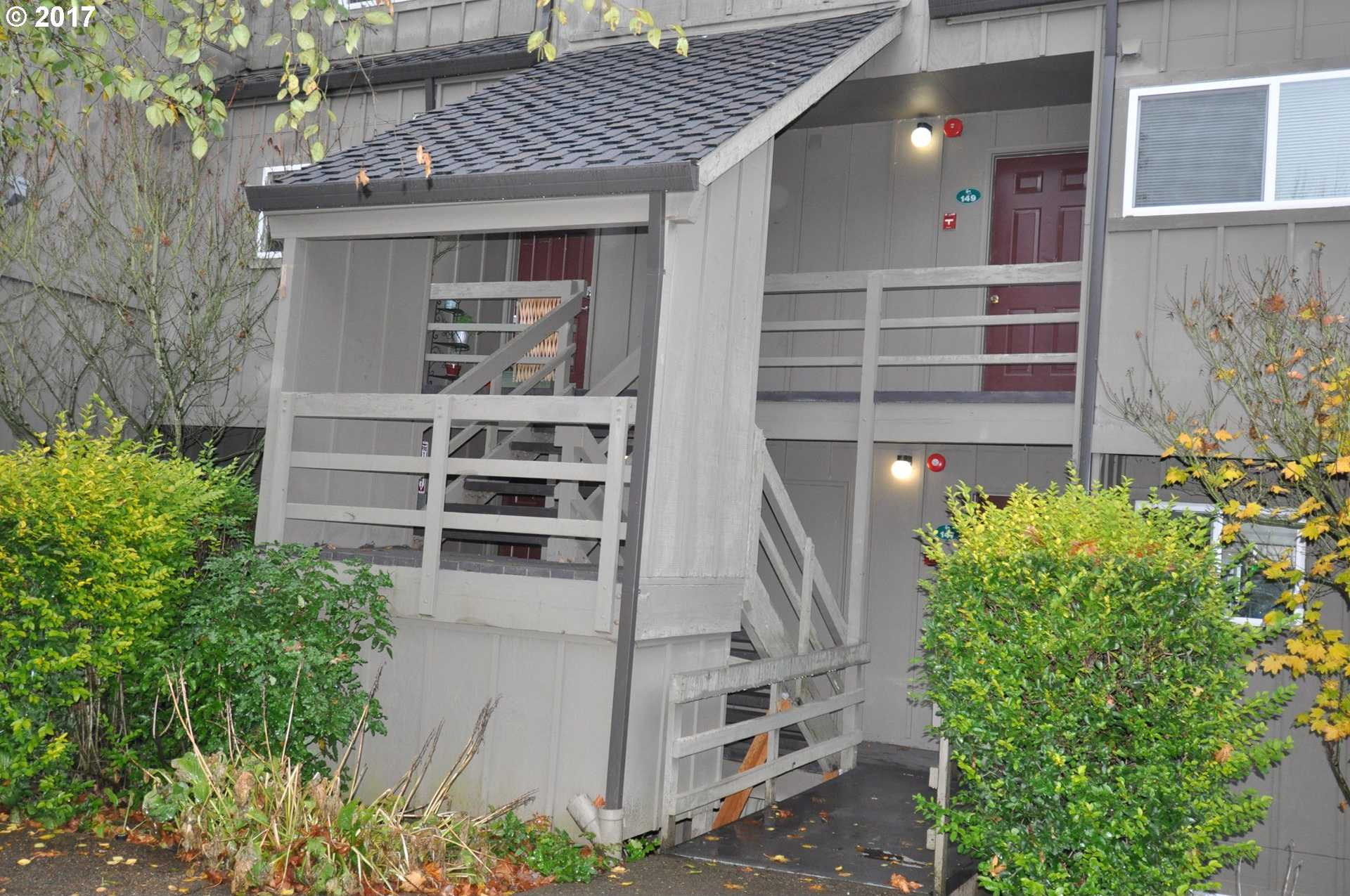 $214,900 - 3Br/3Ba -  for Sale in Mountain Park, Lake Oswego