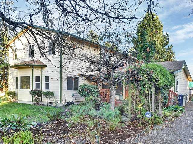 $989,000 - 4Br/3Ba -  for Sale in Beaverton