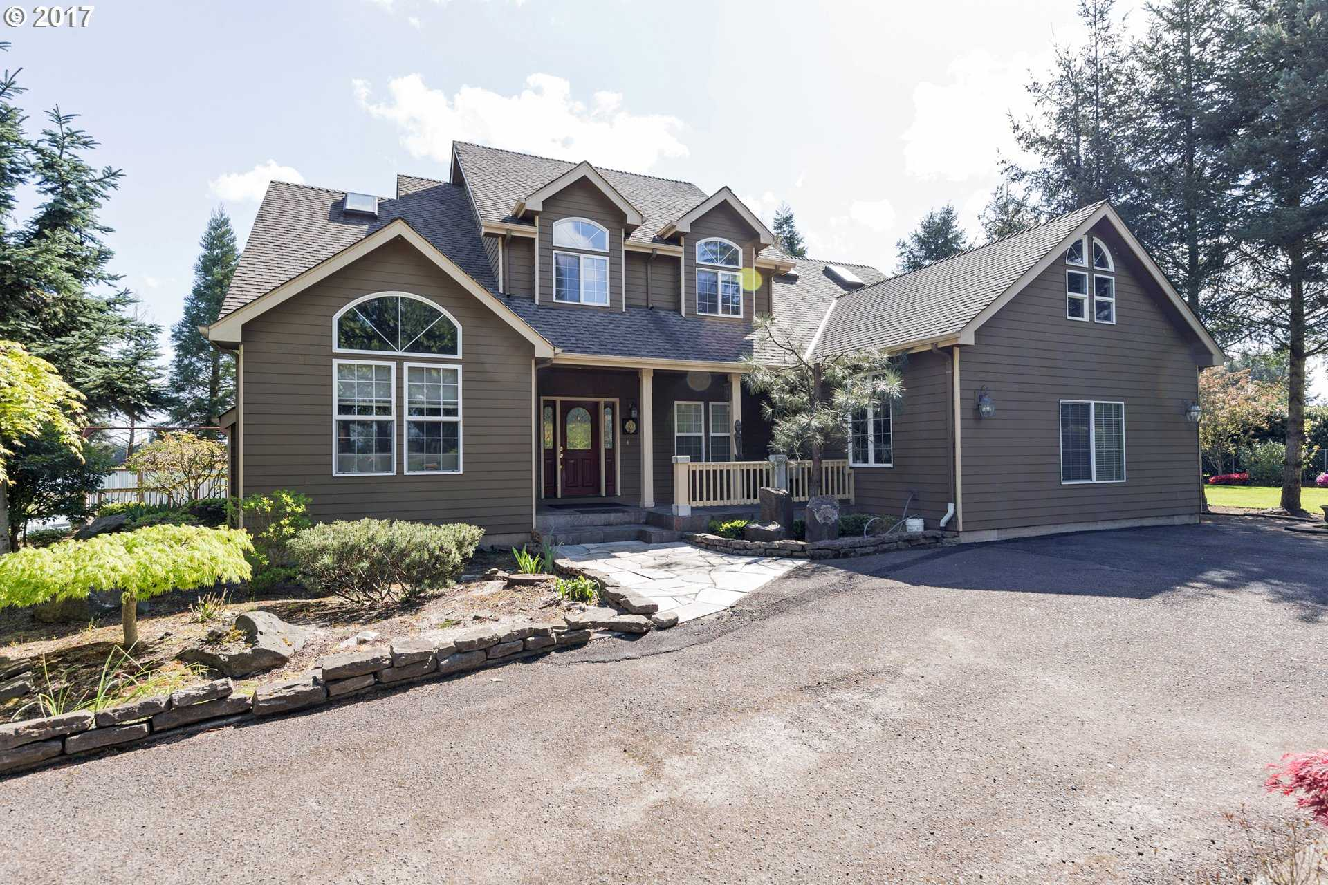 $586,000 - 4Br/3Ba -  for Sale in Canby