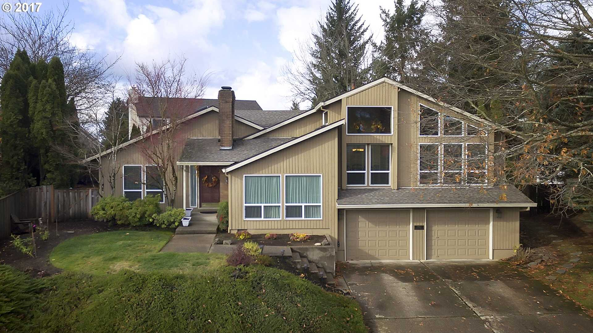$547,900 - 4Br/3Ba -  for Sale in West Linn