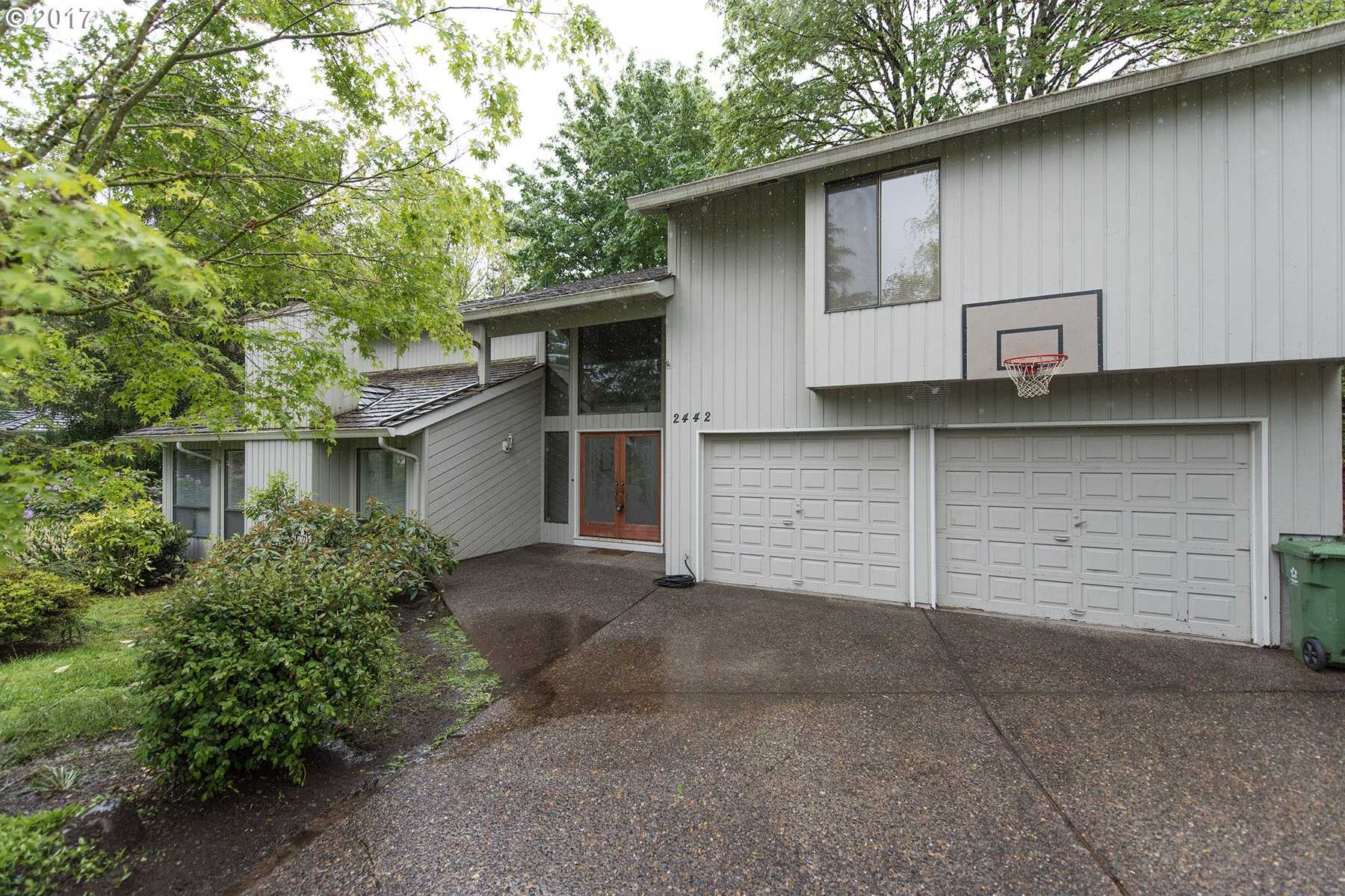 $599,900 - 4Br/3Ba -  for Sale in Palisades Park, Lake Oswego