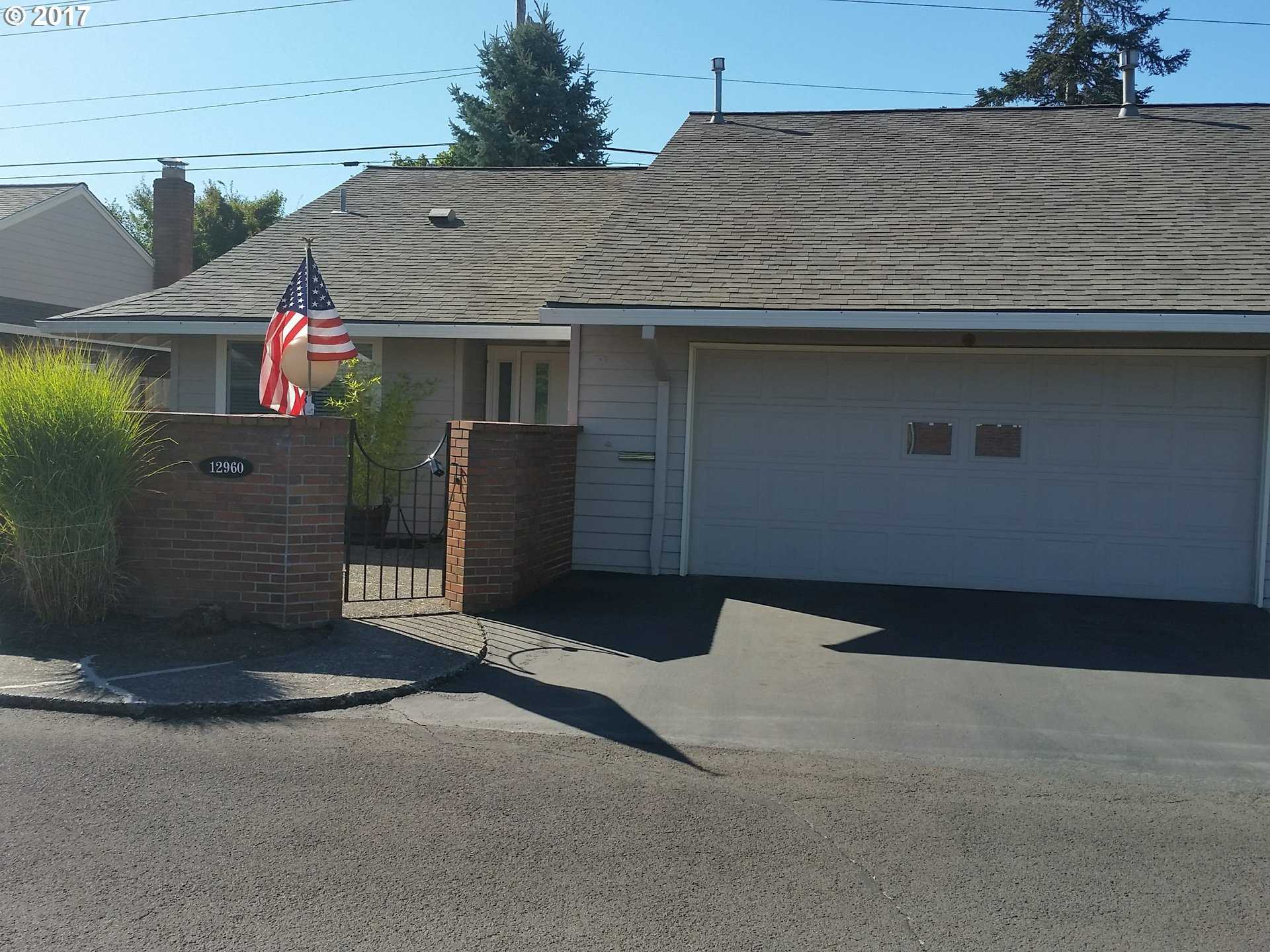 $300,000 - 2Br/2Ba -  for Sale in King City