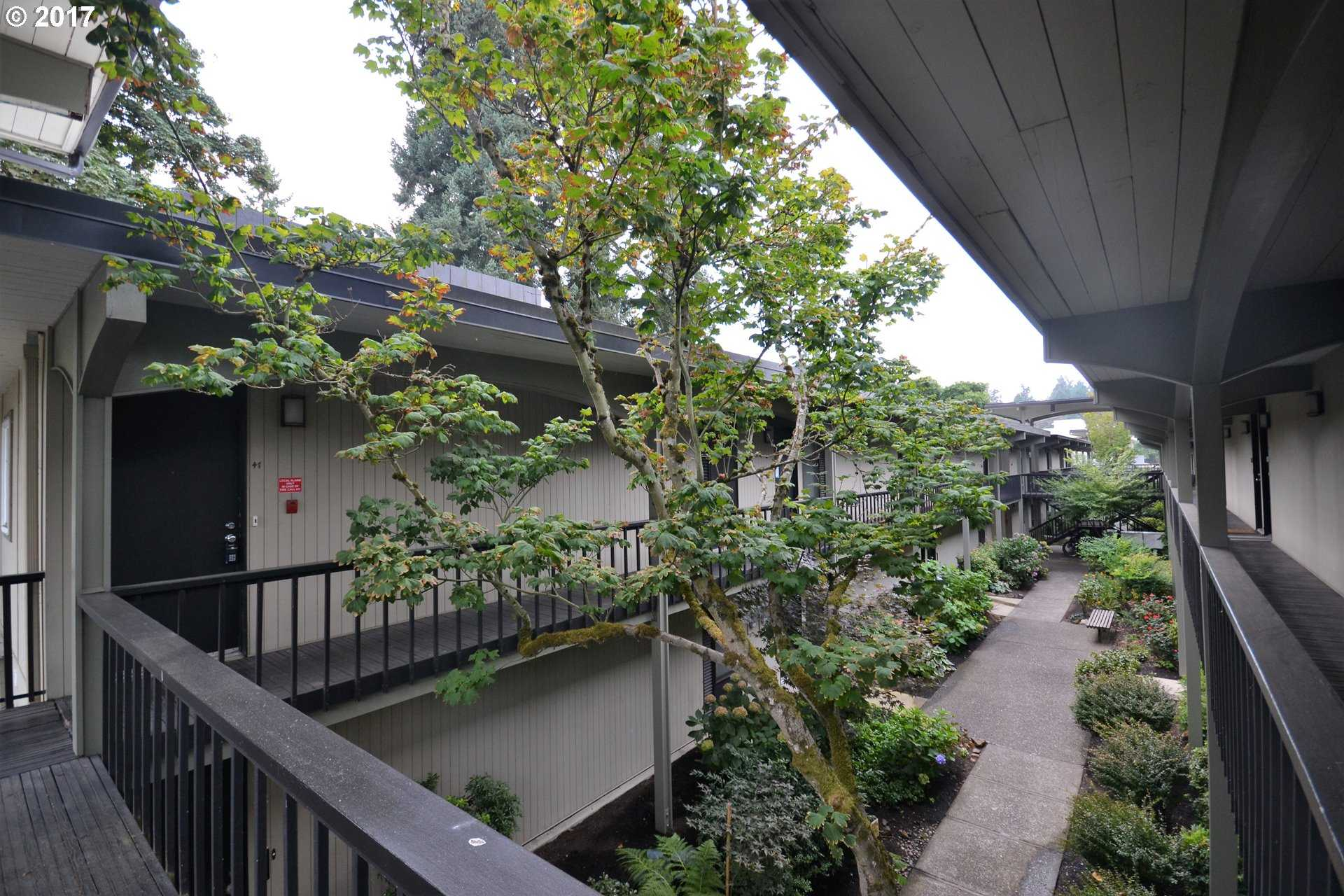 $249,900 - 1Br/1Ba -  for Sale in Lake Oswego