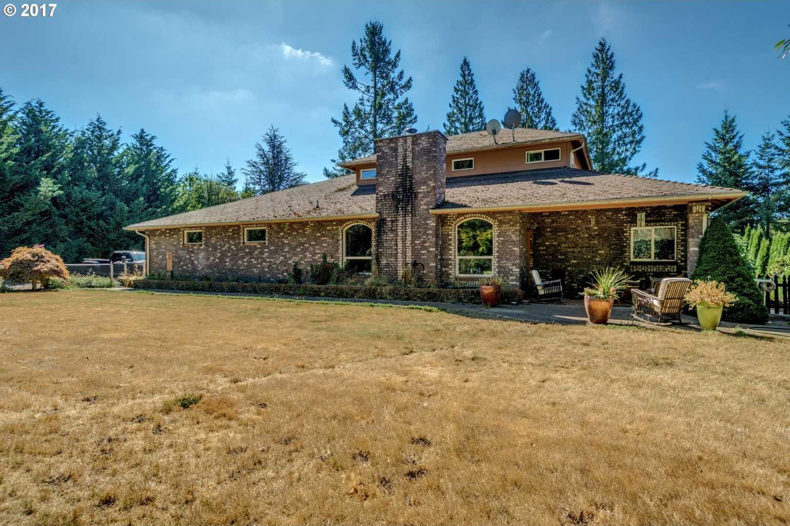 $400,000 - 3Br/2Ba -  for Sale in Beavercreek