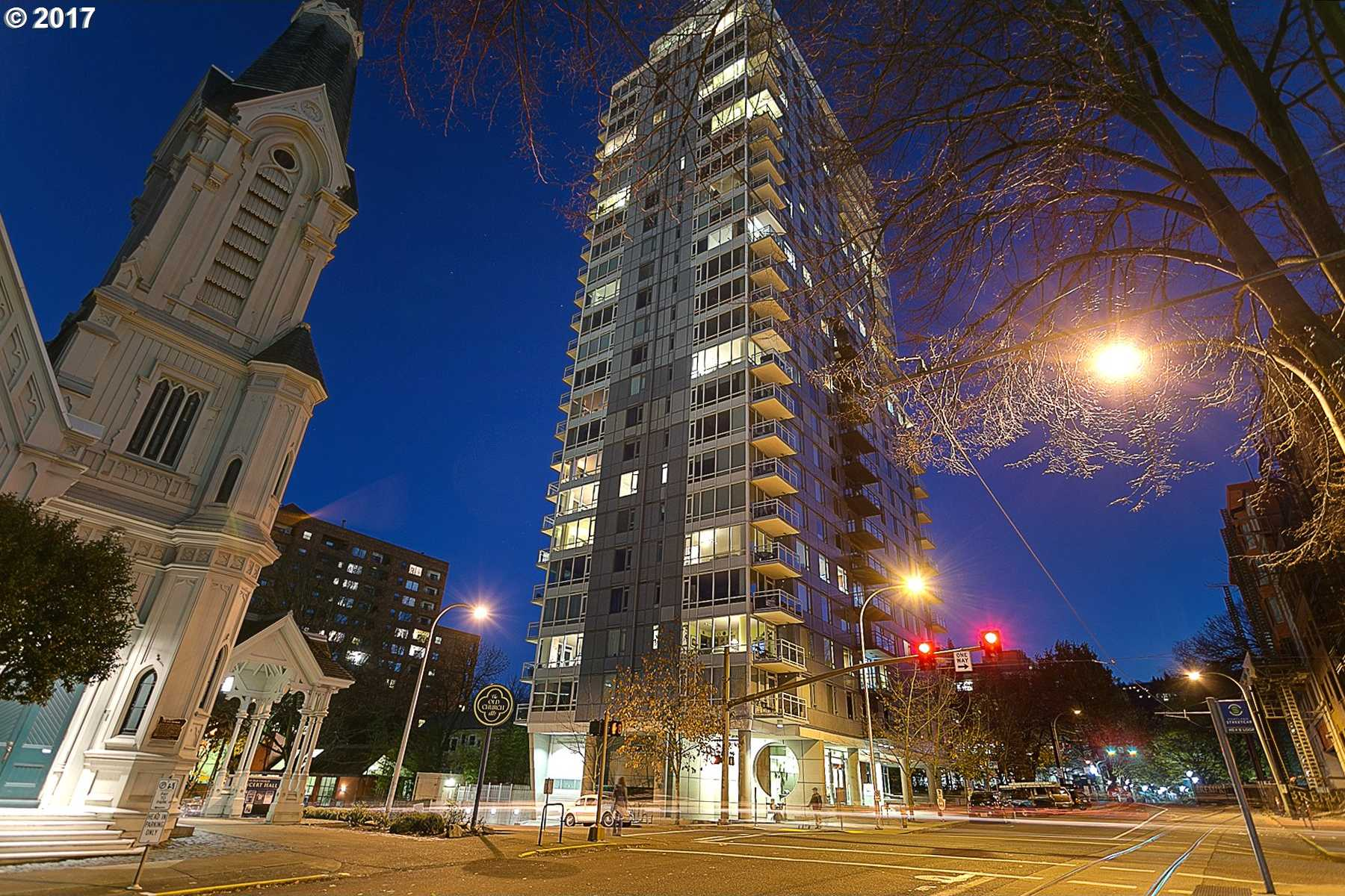 $485,000 - 2Br/2Ba -  for Sale in Benson Tower, Portland