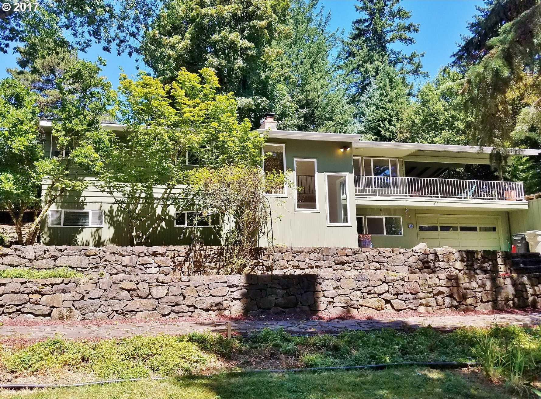 $600,000 - 5Br/2Ba -  for Sale in Portland