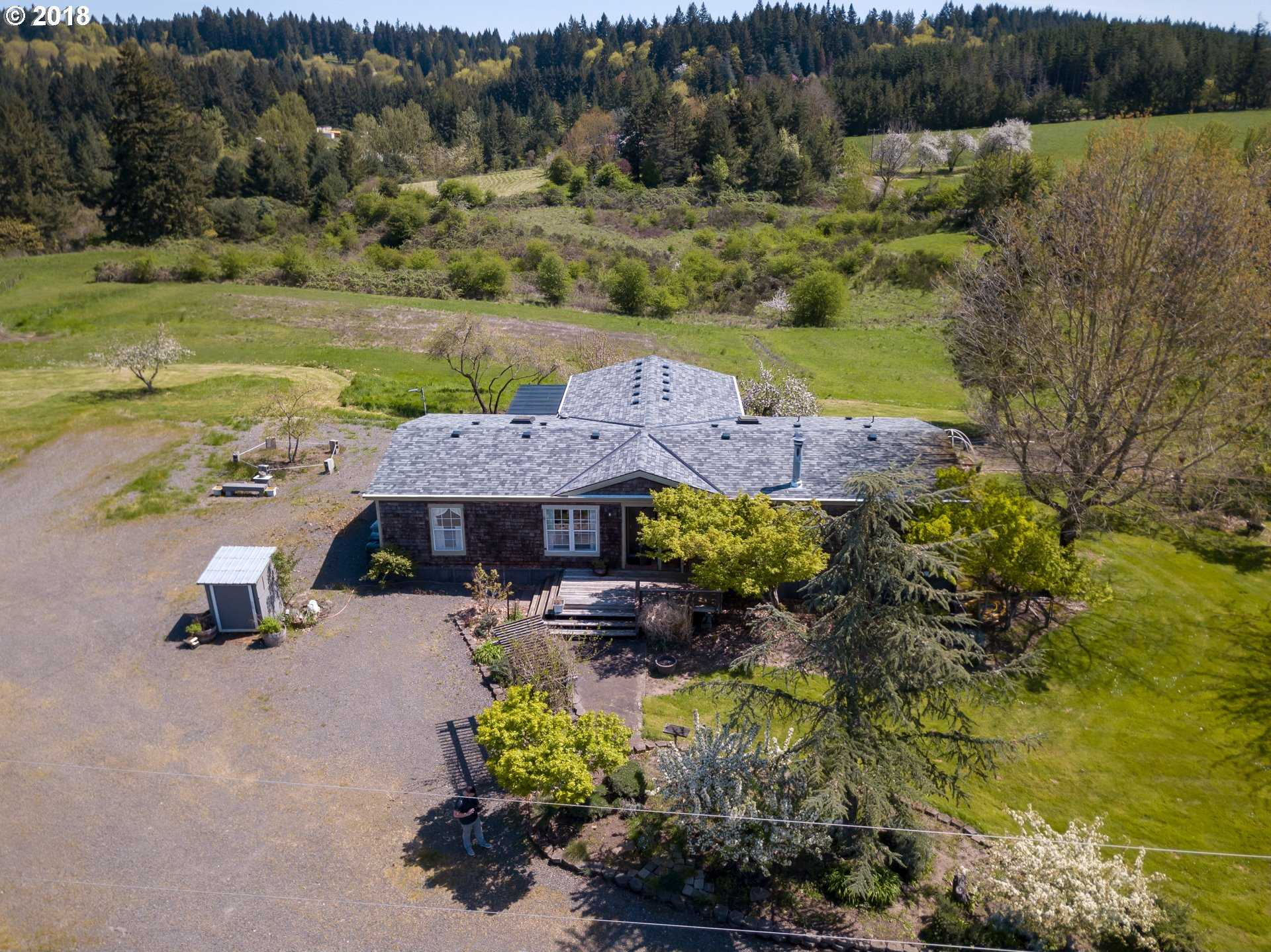 $1,050,000 - 3Br/2Ba -  for Sale in Canby