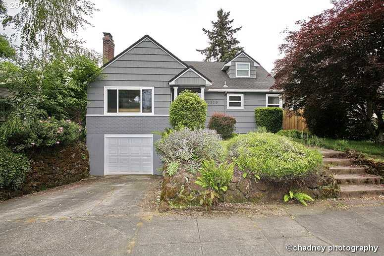 $575,000 - 3Br/4Ba -  for Sale in Portland