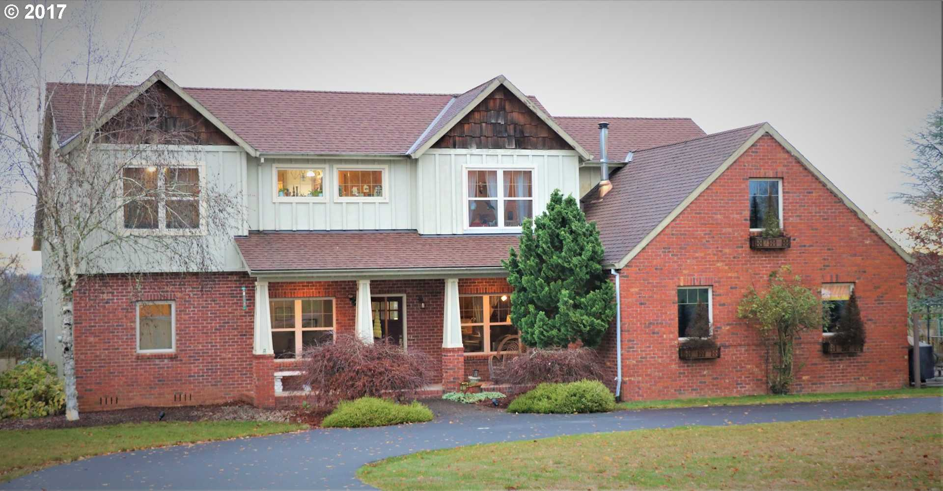 $699,900 - 4Br/3Ba -  for Sale in Boring