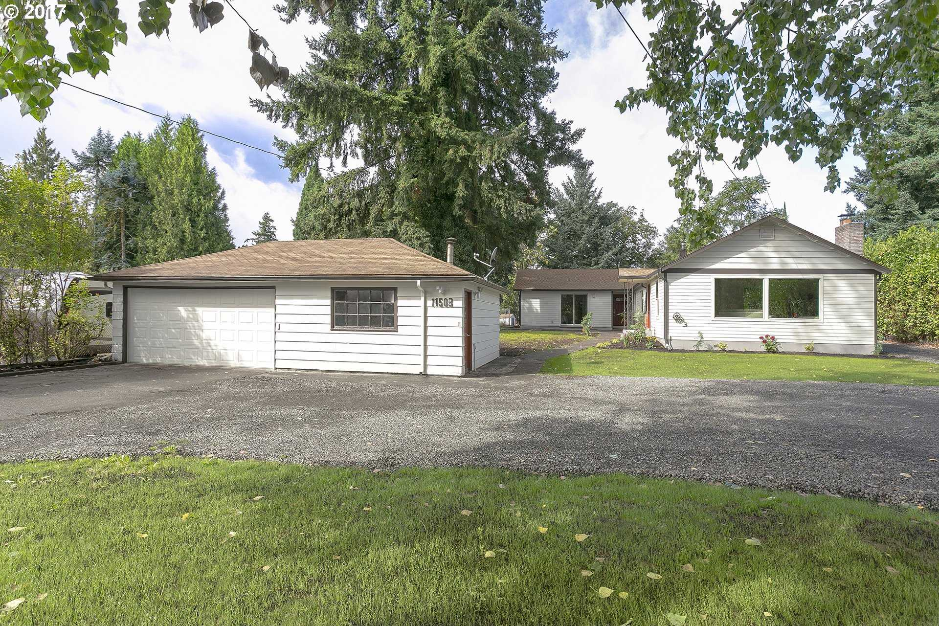 $549,000 - 4Br/2Ba -  for Sale in Milwaukie