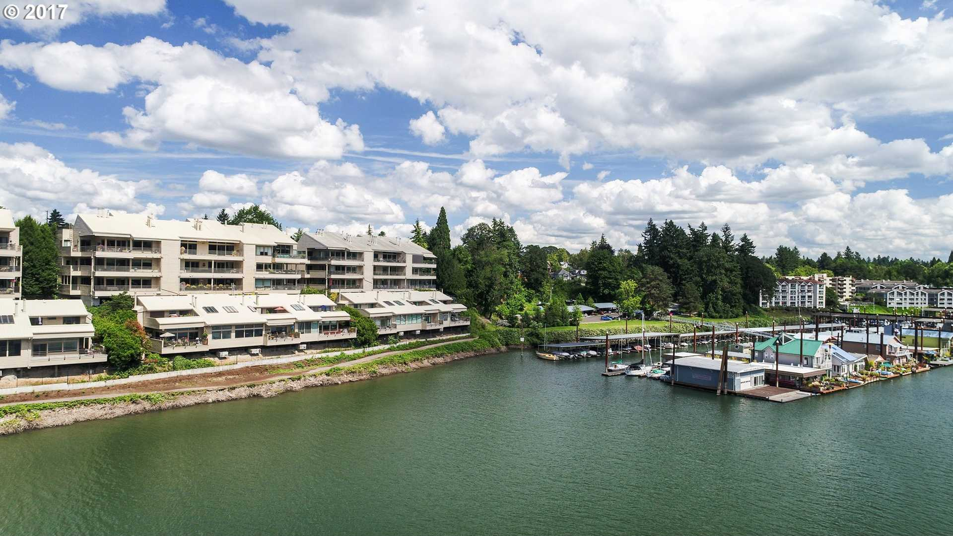 $1,424,900 - 2Br/3Ba -  for Sale in Sellwood Harbor Condominiums, Portland