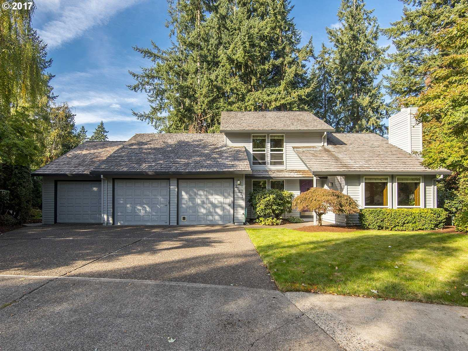 $459,900 - 4Br/3Ba -  for Sale in Tualatin