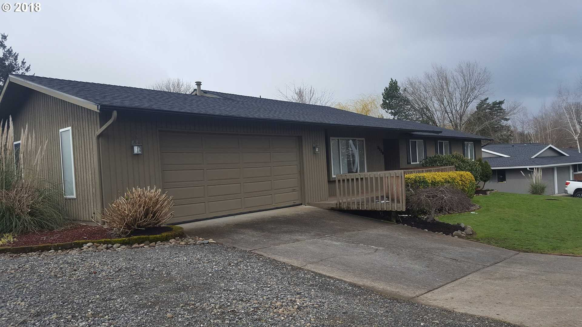 $349,000 - 4Br/2Ba -  for Sale in Old Sweetbriar Farm, Troutdale