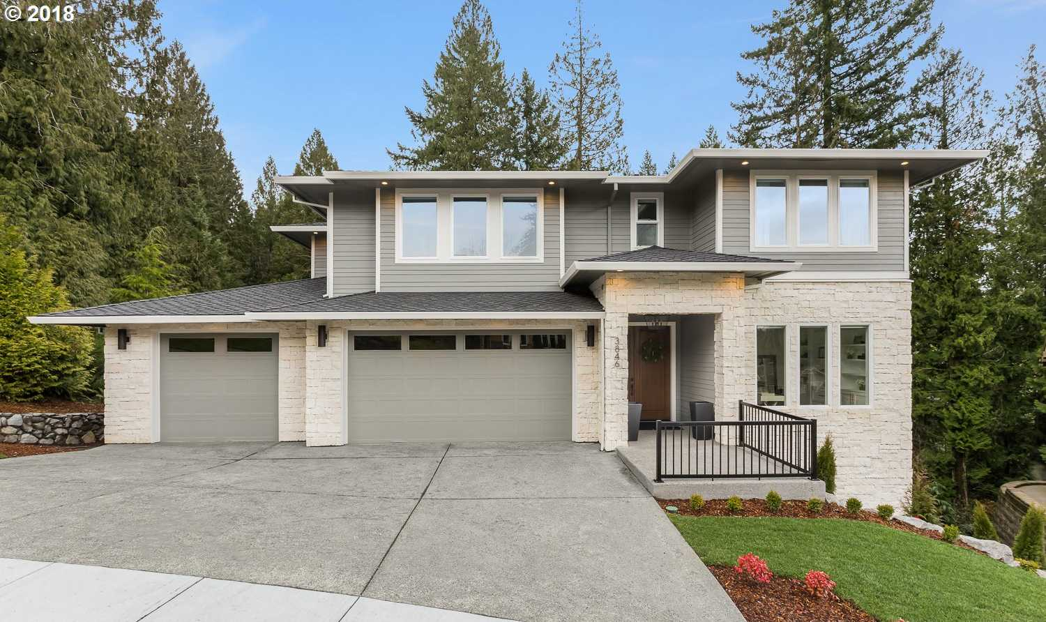 $754,900 - 5Br/4Ba -  for Sale in Gresham