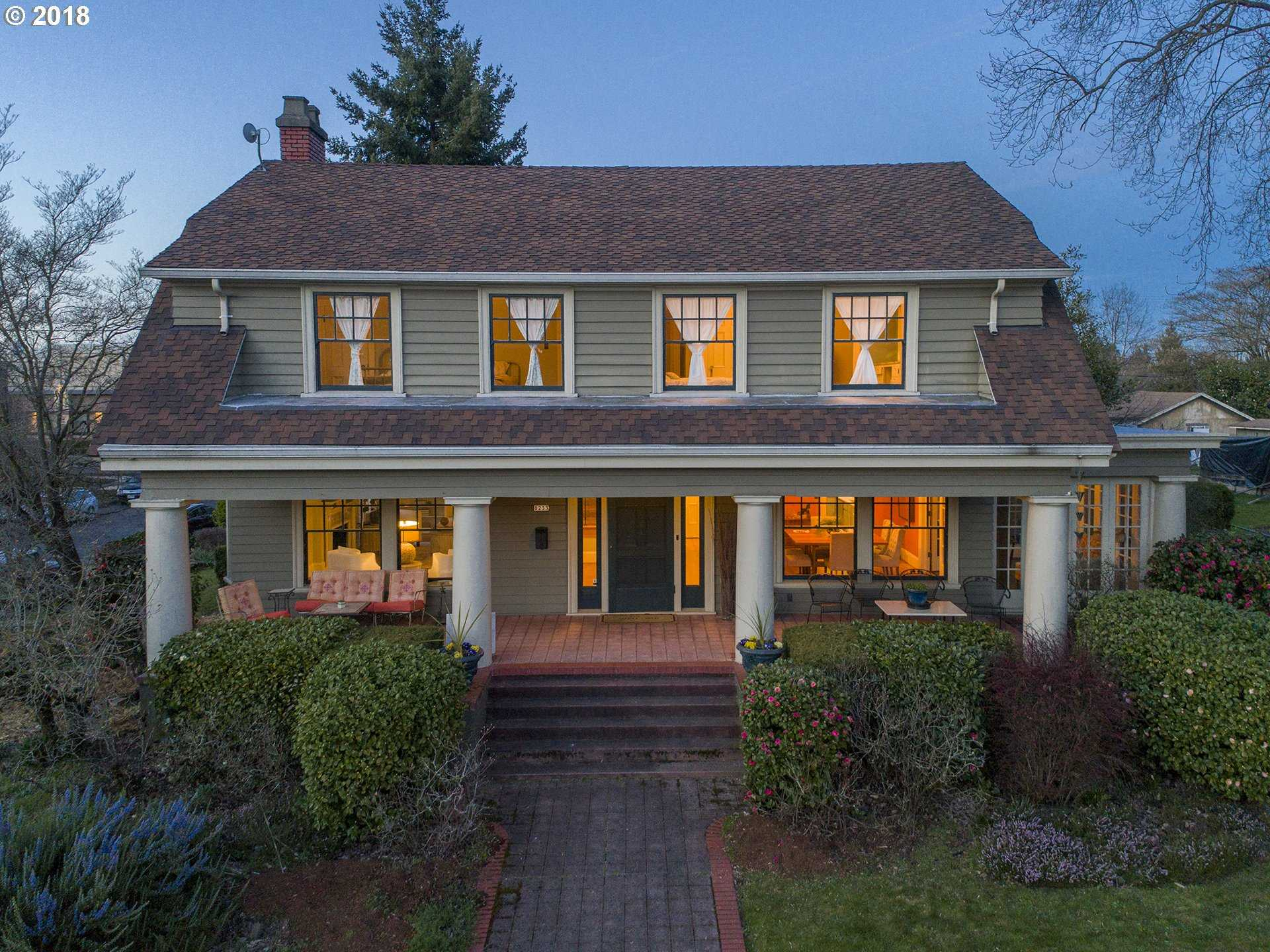 $989,000 - 4Br/2Ba -  for Sale in Portland